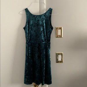Velour: green dress